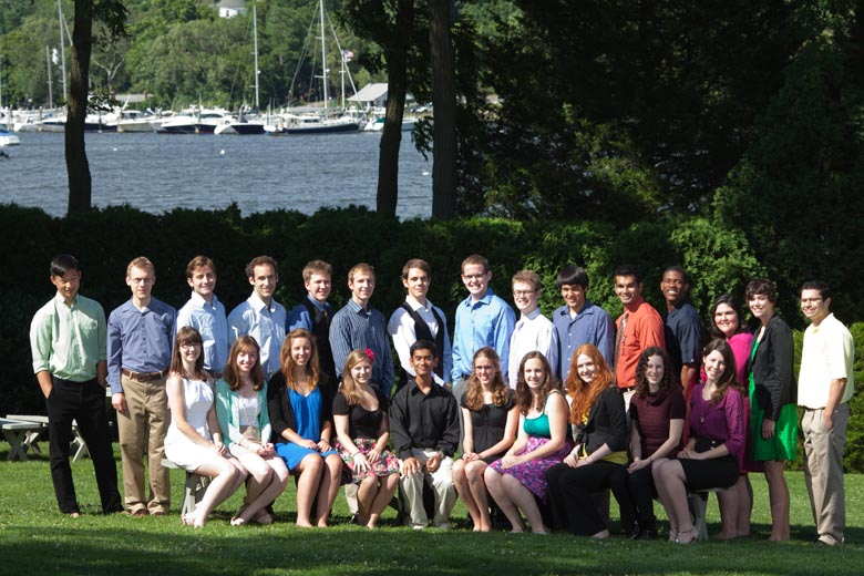 Visiting undergraduates at CSHL: the 2012 class of URPs explores neuroscience, bioinformatics and cancer biology